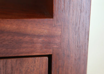 Walnut sliding dovetail joint(copy)